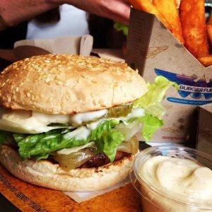 Burger Fuel - Al Shatae Mall in Dammam