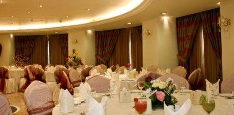 Al Dewaniah - Elaf Ajyad Hotel.. in Makkah