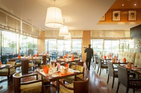 Al Bustan Restaurant in Riyadh